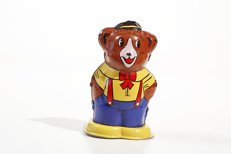 Tin Toy Bear - mechanical / wind up collectors toy