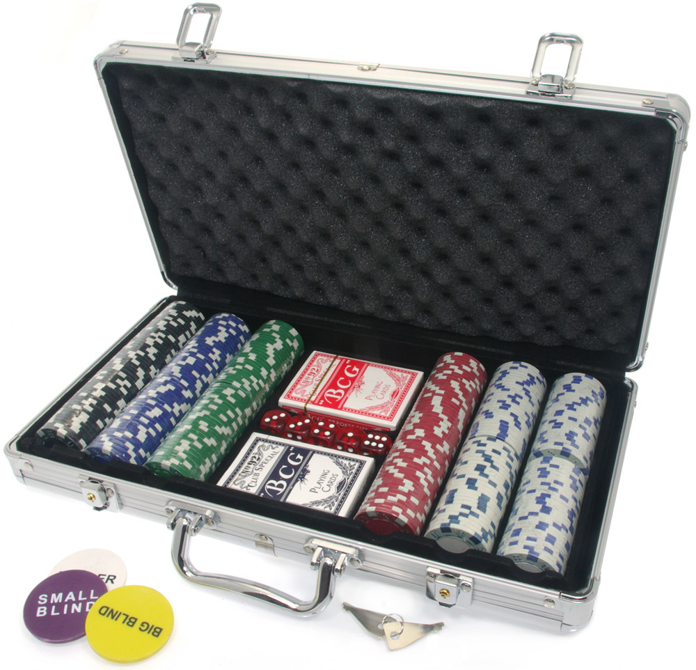 Poker set in aluminium case with 300 poker chips